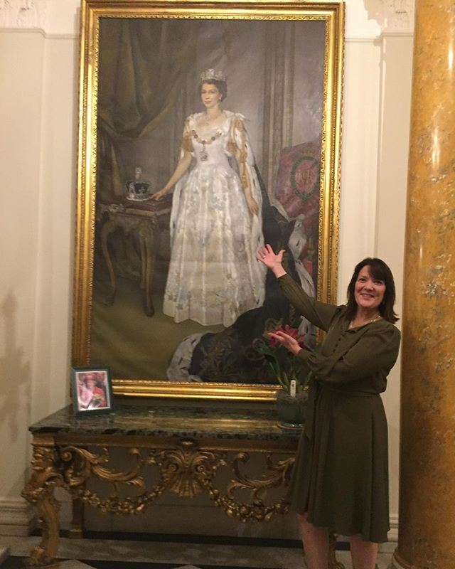 Hanging out with the Queen @ukinusa @designleadershipnetwork